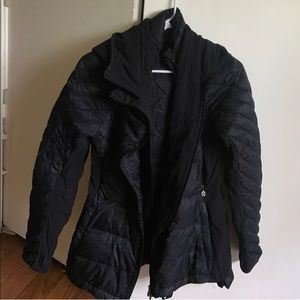 Lululemon what the fluff jacket size 6